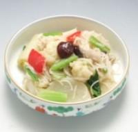 冬野菜とビーフンの韓国風蒸し煮サラダ