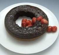 炊飯鍋で作るチョコケーキ いちごソース