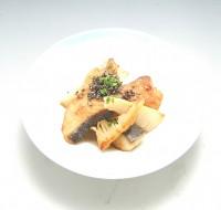筍と鰆の黒酢焼き