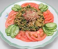 焼きなすとトマトの中華風サラダ