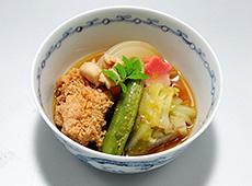 新玉葱とキャベツの京風煮物