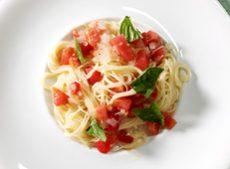 トマトのカッペリーニ 冷製パスタ