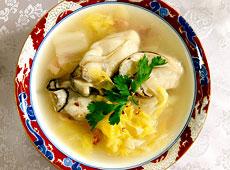 白菜とカキのとろとろスープ
